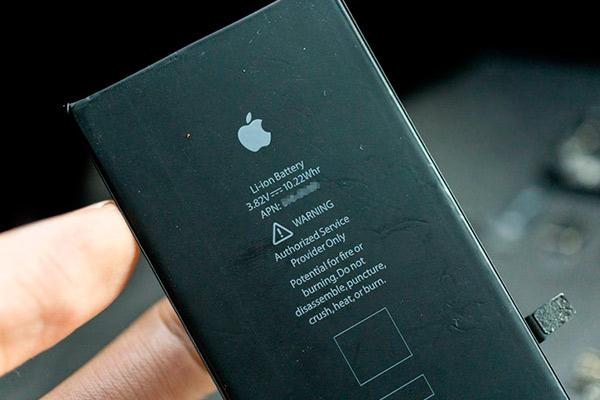 Айфон емкость батареи у всех моделей различная