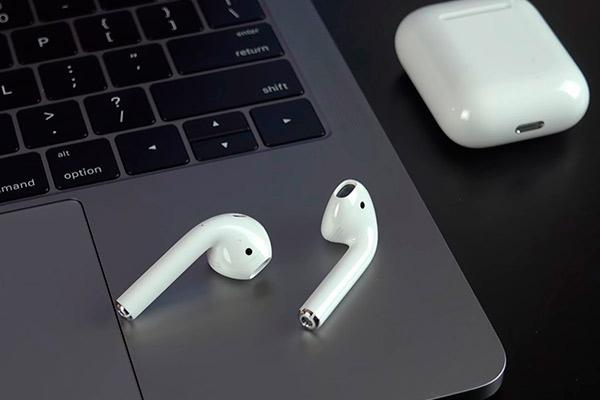 Как подключить Airpods к MacBook или компьютеру