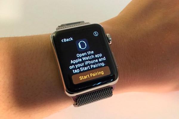Значок i на Apple Watch что означает многим не ясно