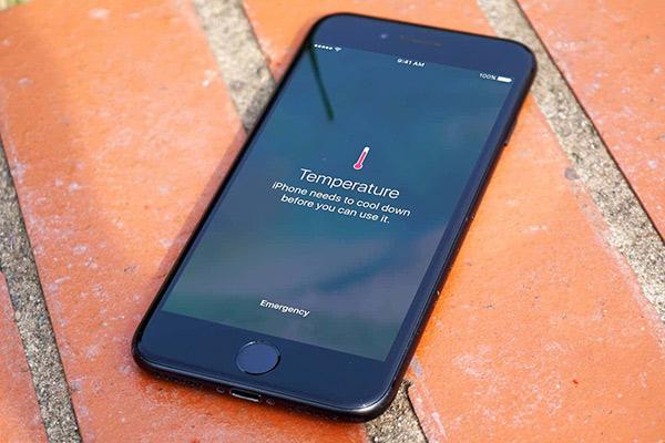 iPhone 6 Q1403 греется что делать в таком случае