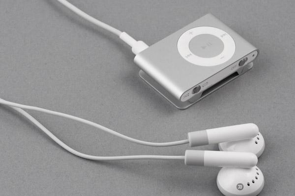 Не работают кнопки iPod