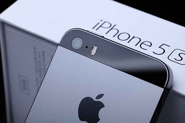 Какая емкость аккумулятора iPhone 5s узнать не сложно