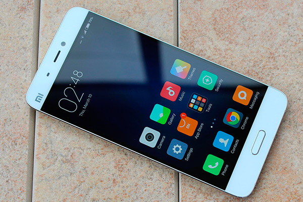 iPhone или Xiaomi сравнение телефонов по параметрам